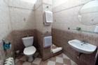 Nové a prostorné koupelny - velký zděný sprchový kout je samozřejmostí.